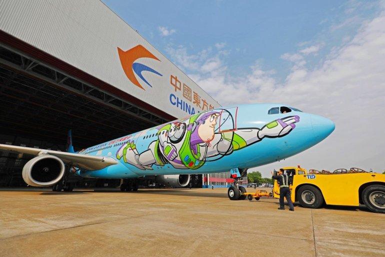 Ao infinito e além! Que tal voar em um avião temático inspirado em Toy Story 16