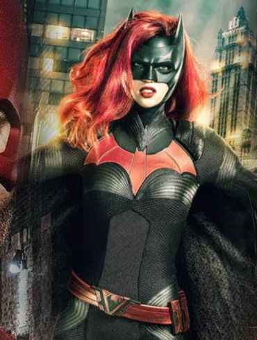Batwoman: Javicia Leslie é escalada como nova protagonista da série 23
