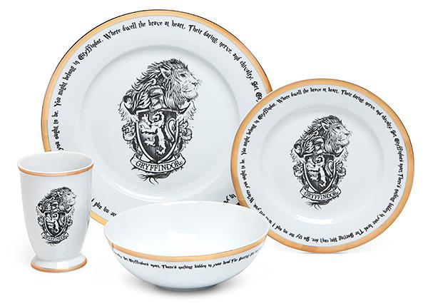 Aparelho de jantar de Harry Potter conta com conjuntos das casas de Hogwarts 17