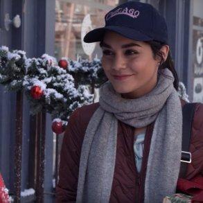 Vanessa Hudgens estrelará outro filme natalino da Netflix 20