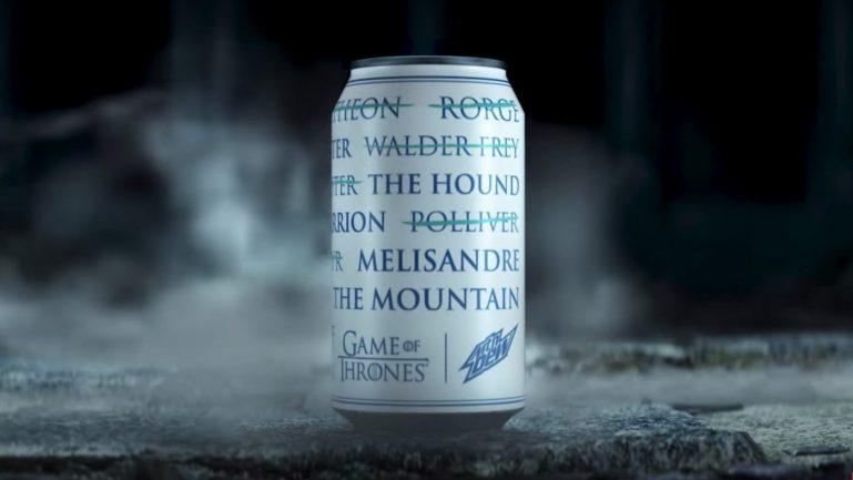Marca de refrigerante lança latinha que ao ficar gelada revela os nomes de quem já morreu em Game of Thrones 16