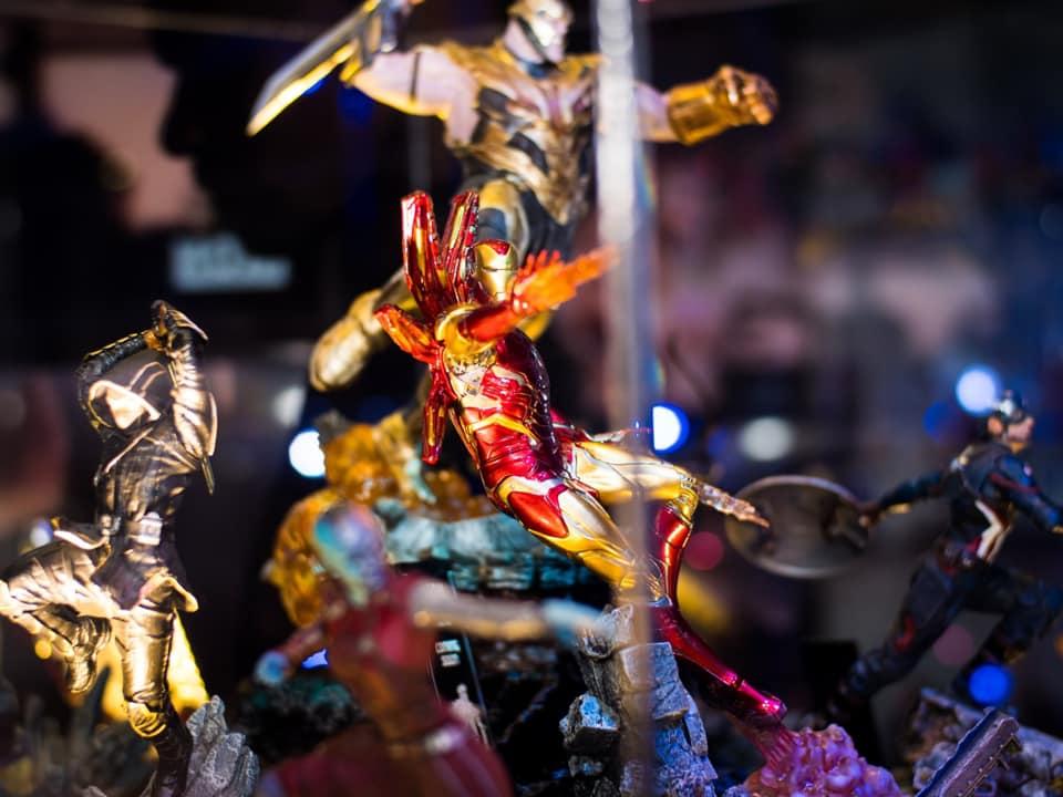 """Exposição Avengers em São Paulo: """"Avengers: EndGame Expo"""" reúne estátuas em miniatura e em tamanho real dos personagens de Vingadores Ultimato 23"""