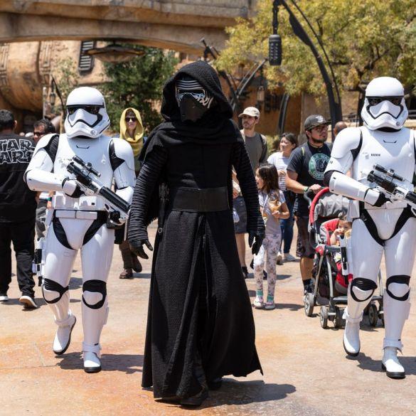 Visitantes não podem usar fantasias de Star Wars no novo parque da franquia 16