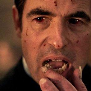BBC divulga primeiro trailer de Drácula, série dos criadores de Sherlock 21