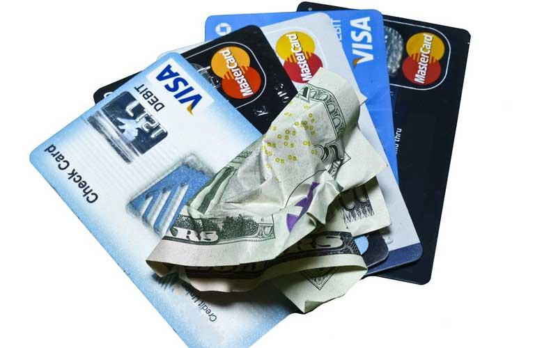 beste Kreditkarte auf Reisen im Ausland