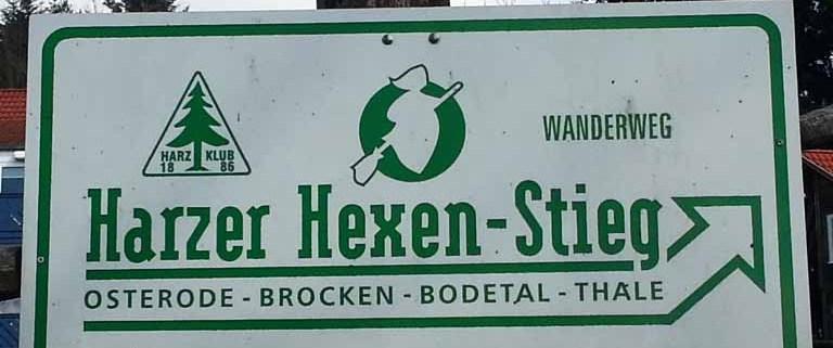 Harzer Hexen-Stieg Wanderin in Deutschland