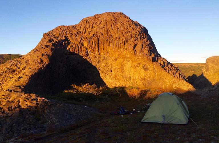 trekking-island-backpacking-iceland-camping-island-zelten