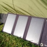 RAVPower 9 Watt Solar-Ladegerät Stromversorgung Trekking Backpacking Zelten Powerbank