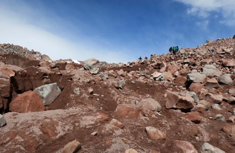 Solo-Bergsteigen Kasbek Mount Kazbek Georgien Kaukasus Reisebericht