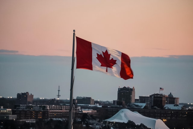 Canadian Job Postings Fall by One-Third in Wake of COVID-19 Pandemic