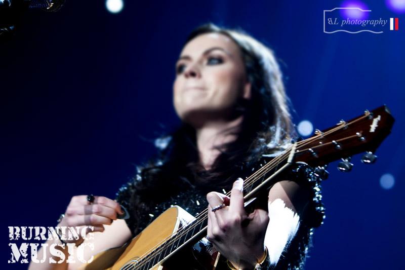 Amy-Macdonald-(17)blur