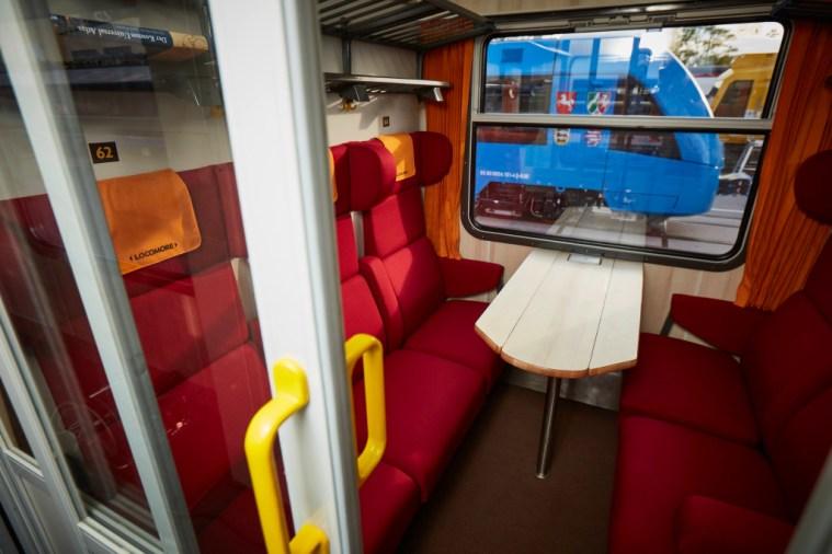 Locomore Zug ICE Deutsche Bahn IC Berlin Hanau