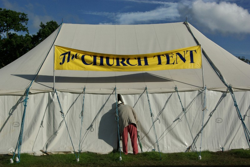paul-russell_chuch_tent