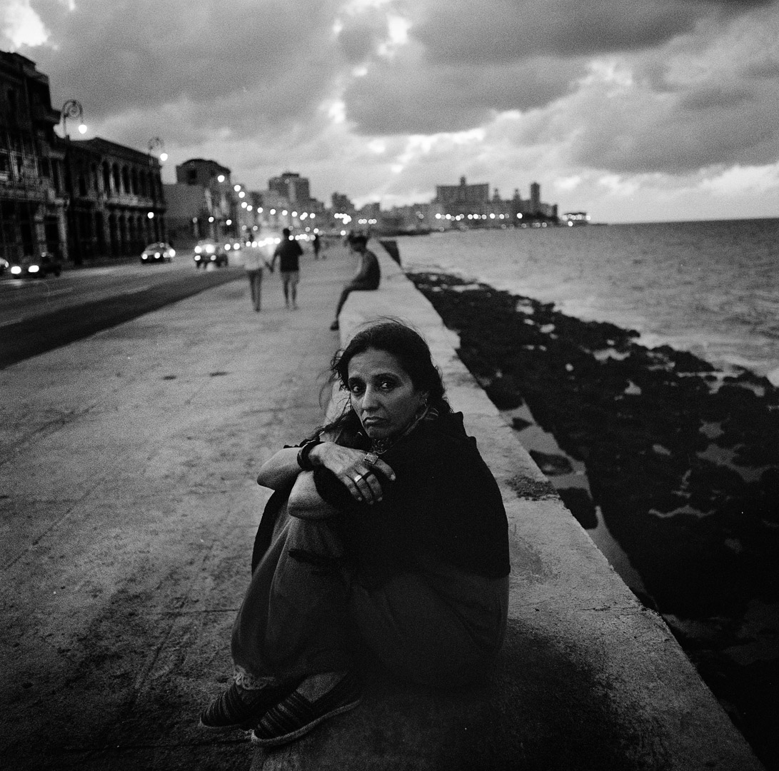 Maria Santucho, the daughter of the Argentine militant Oscar Santucho, who was disappeard in 1976 in Argentina by the military. Ms Santucho portraied in the Malecon in Havana, was herself arrested and forced into exile in 1976. She lives in Cuba since then. Havana, Cuba, December 2006.