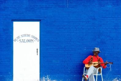 16._Blue_Suede_Shoes_Saloon__Memphis__1989_