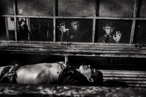 Marero killed by suffocation in the prison of San Pedro Sula is taken to the morgue of the Hospital Mario Catarino Rivas. San Pedro Sula, Honduras in August 2014
