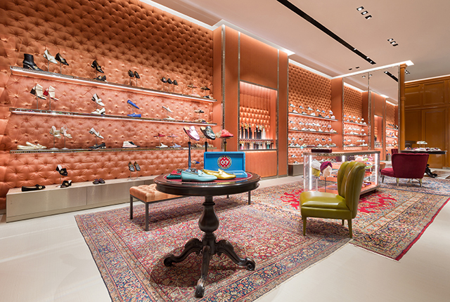 5f84d5cfd5a Discover Gucci s new flagship store in The Dubai Mall extension ...