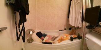 Bargain Downtown Vancouver bathtub rented