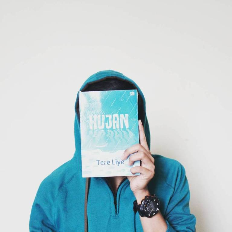 review-novel-hujan-karya-tere-liye