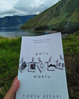 review novel garis waktu karya fiersa besari (3)