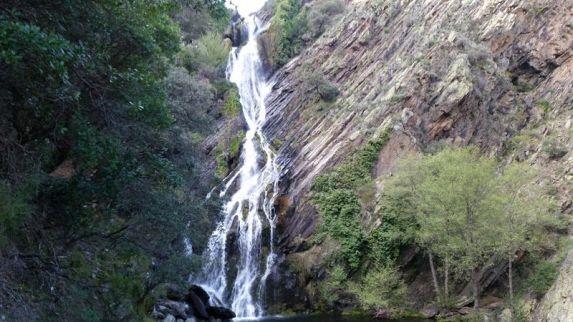 Valles hurdanos. Cascada del Chorrituelo