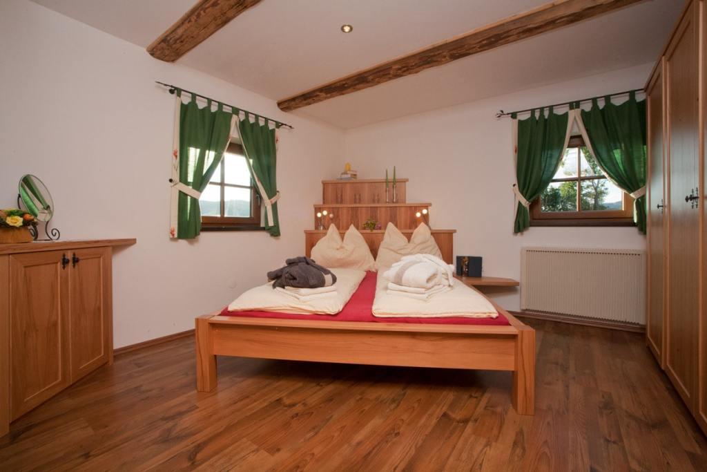 Schlafzimmer der Buschenschenke Irregger