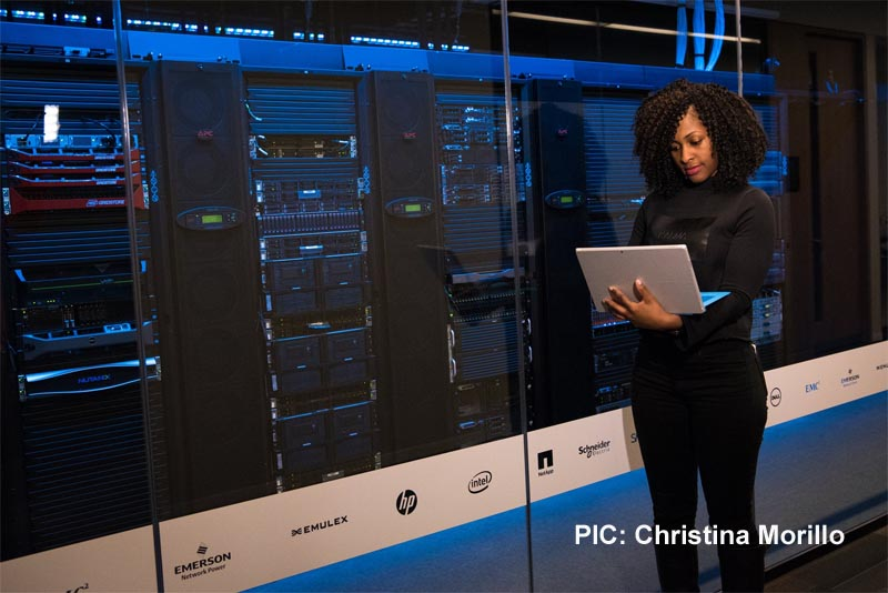 Operational performance: Put people back into data centres