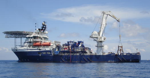 Rem Etive vessel used during 2010_2011 SMS Exploration Program in P small