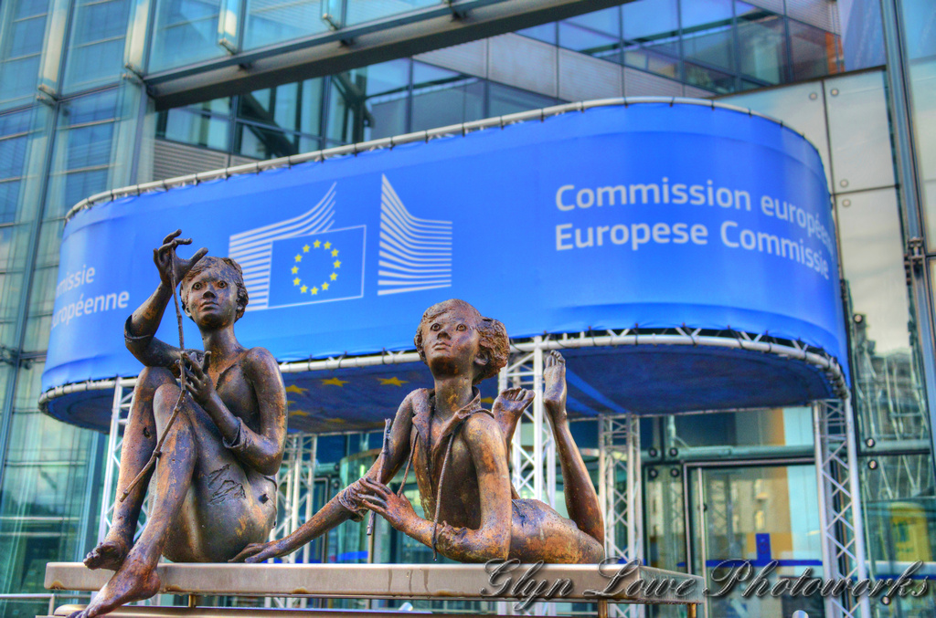 Amidst renewed European Commission vows to combat human smuggling, human rights organisations have warned that the European Union's migration policy contributed to human rights breaches. EU Commissioner for Home Affairs, Ylva Johansson, speaking after a meeting hosted by Italy between European interior ministers and their North African counterparts, said the EU wanted to enhance cooperation […]