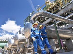 Saudi Aramco targets top end valuation of $1.7trn