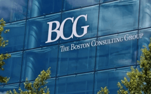 BCG Consultant Salary | BCG consultants can expect to earn big throughout their careers ©ictor