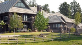 NFL player is selling Evergreen home