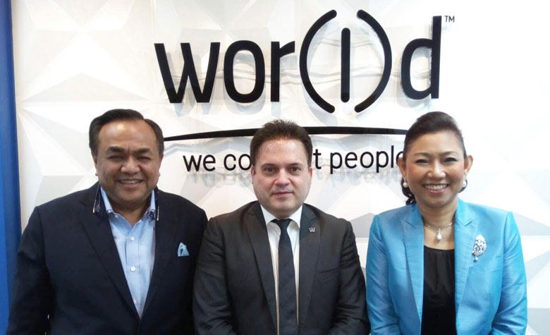 Nat and Chanida Puranaputra with CEO Fabio Galdi - World Global Network