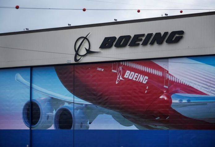 © Reuters. A Boeing logo is seen at the company's facility in Everett