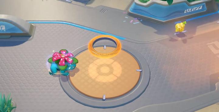 Venusaur scoring points in Pokémon Unite.