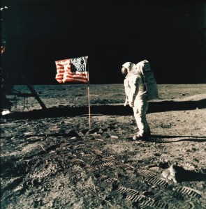 how long does it take to get to the moon and back