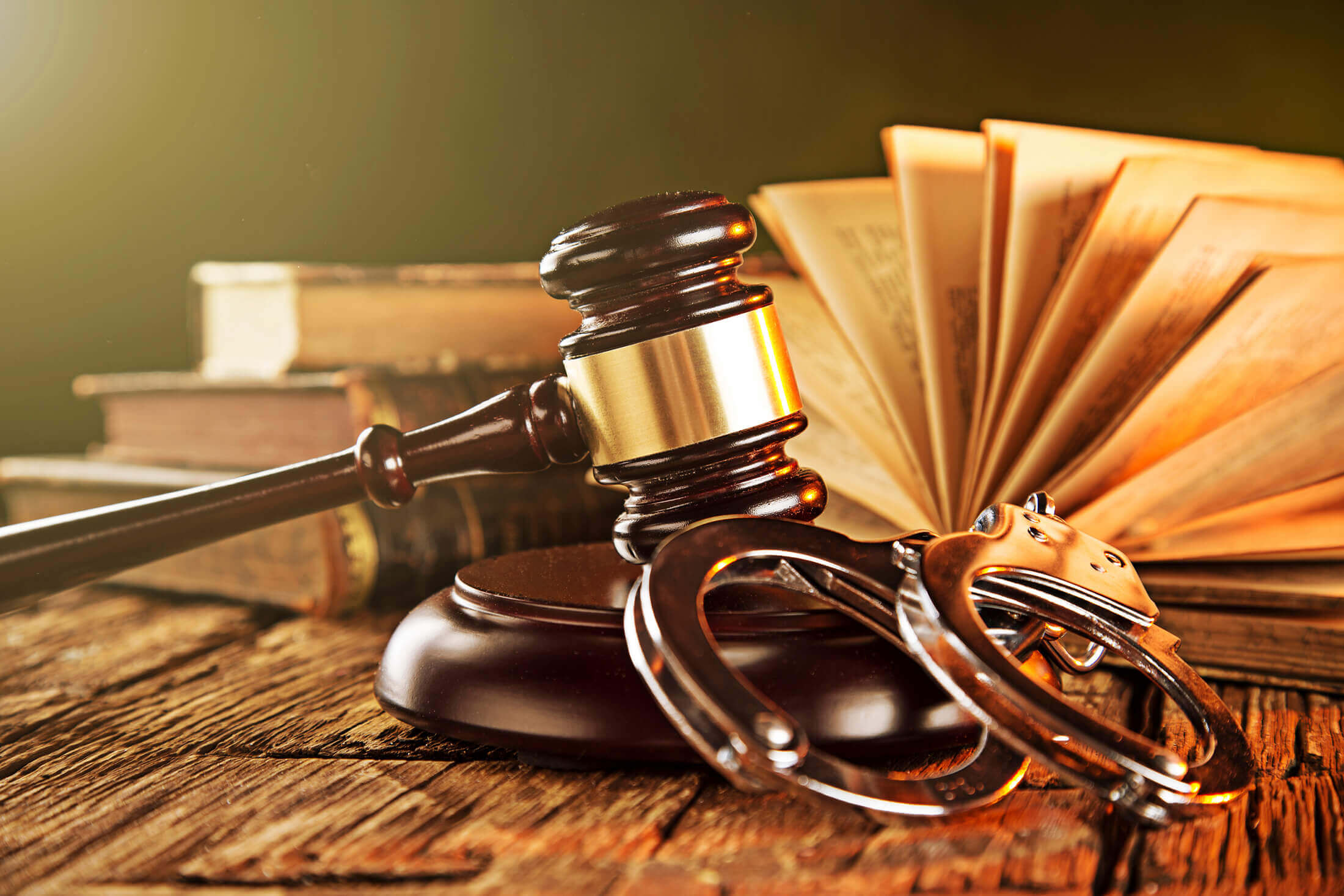 Reasons Why You Need to Hire a Criminal Defense Lawyer