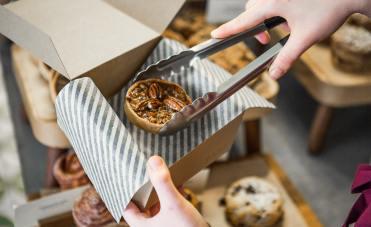 bakery box 81c84a1b