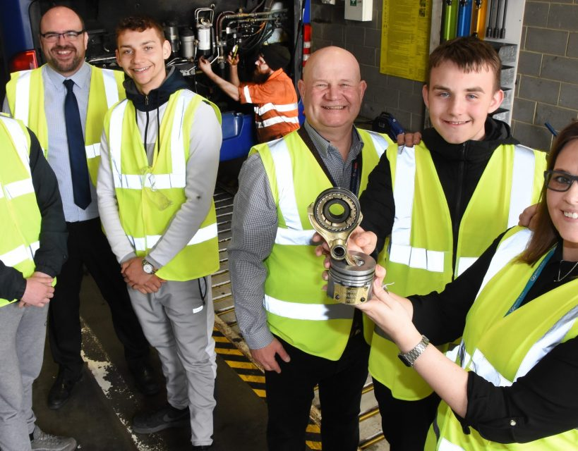 Go North East supports 15 young people into higher education and employment