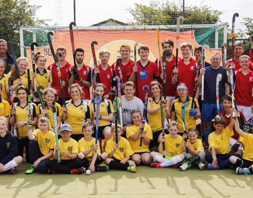 Norton Hockey Club nets new kit thanks to Venator grant