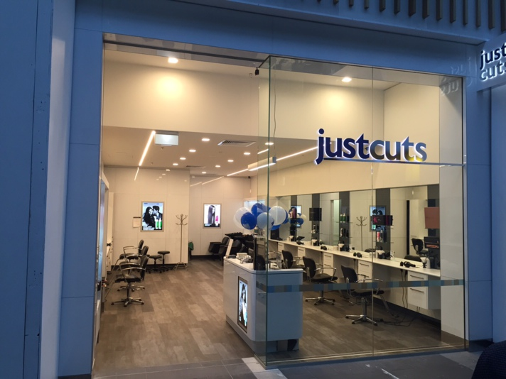 Shopping centre proves its a cut above as Australian salon prepares to open its doors