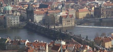 Charles Bridge seen from Hradschin castle. Photos: Bertram Feld