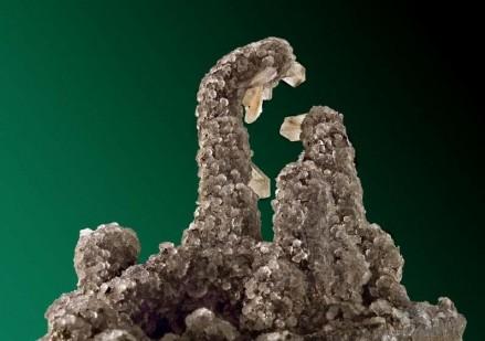 Stilbit aus Indien, Titelblatt des Mineralogischen Kalenders der TU Berlin. Foto: Bernd Kleeberg