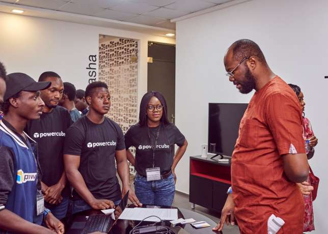 Itanna hosts first demo day as startups pitch to Honeywell Group's network of investors