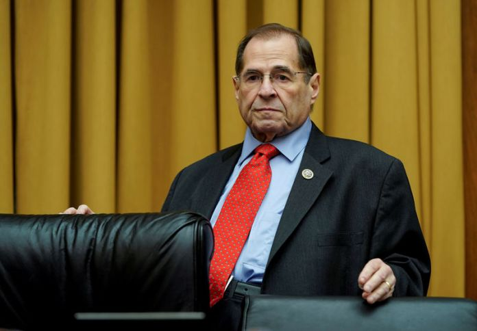 © Reuters. FILE PHOTO: Rep. Jerrold Nadler waits for DHS Secretary Nielsen testimony at House Judiciary Committee oversight hearing in Washington