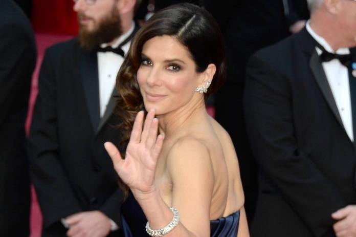 Sandra Bullock puts Southern beach house up for sale - BusinessTelegraph