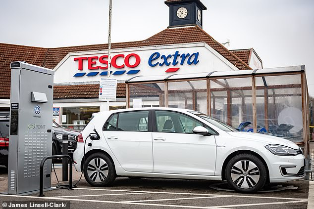 The announcement is the latest effort by the government to encourage the take-up of electric vehicles by improving the charging infrastructure
