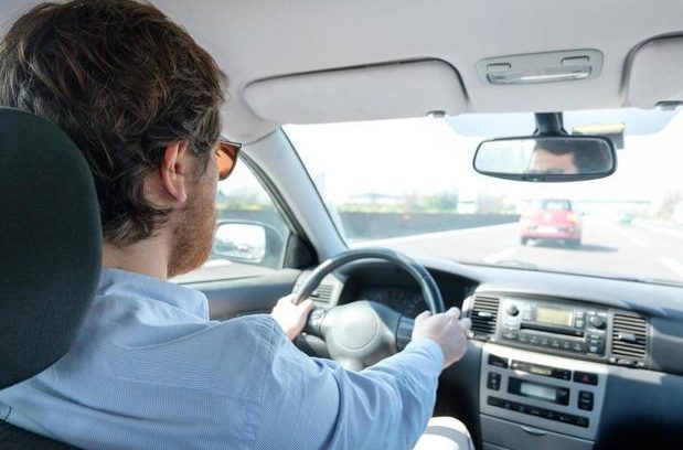 Tunes without vocals ease the tension of being in heavy traffic, according to new research