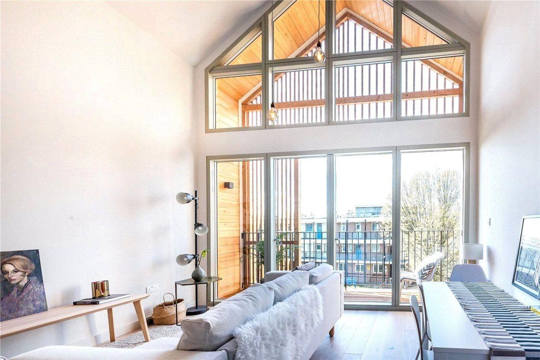 This bright maisonette is built over two floors