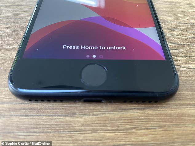 The iPhone SE has a physical Home button with an integrated TouchID fingerprint reader, which can be used to unlock the phone and make payments. It does not support FaceID